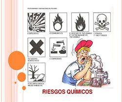 Dibujo de un trabajador inalando un producto químico y a su vez rodeado de varios carteles de riesgos químicos